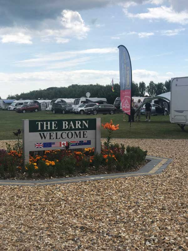 Welcome to Lancing Barn Caravan Park